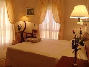 Hotel Hum