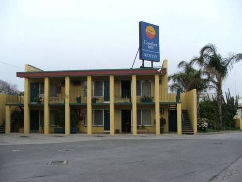 Comfort Inn Scottys