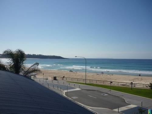 Beach House Mollymook