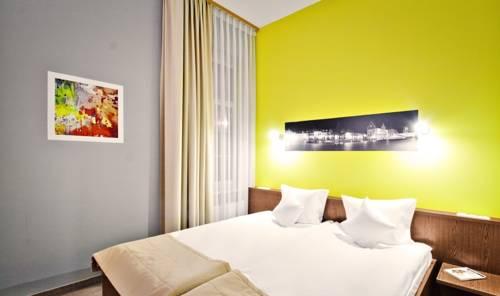 Hotel ICam