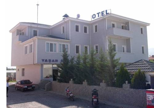 Yasar Hotel