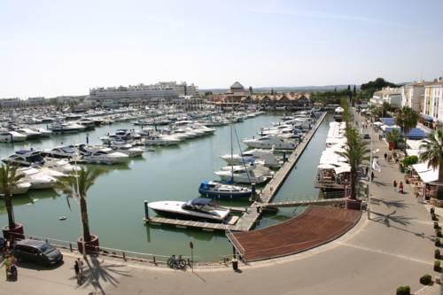 Garvetur Marina Plaza