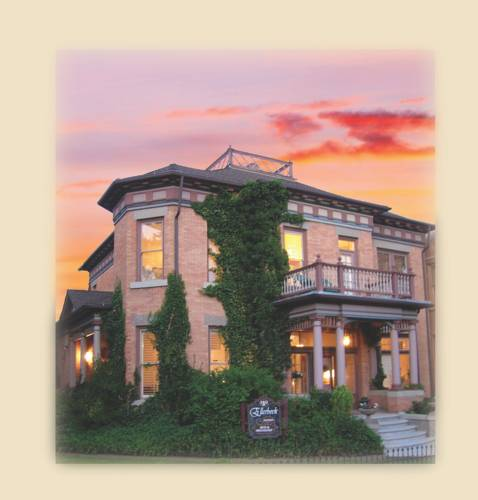 Historic Ellerbeck Mansion Bed & Breakfast