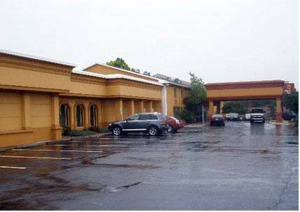 Clarion Hotel Overland Park