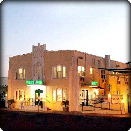 El Primero Boutique Bed & Breakfast Hotel