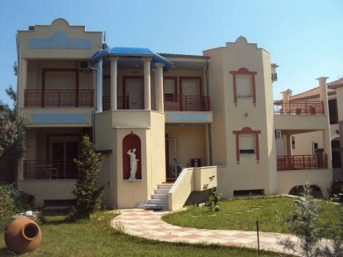 Roxani Apartments