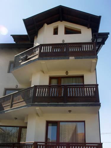 Guest House Pirina