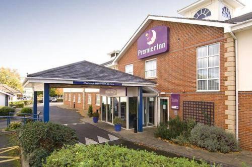 Premier Inn Coventry South (A45)