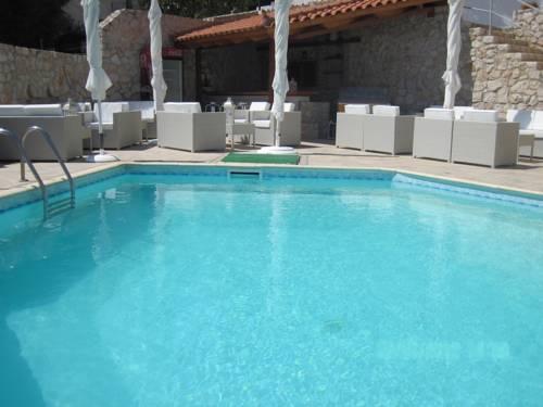 Viaros Hotel Apartments