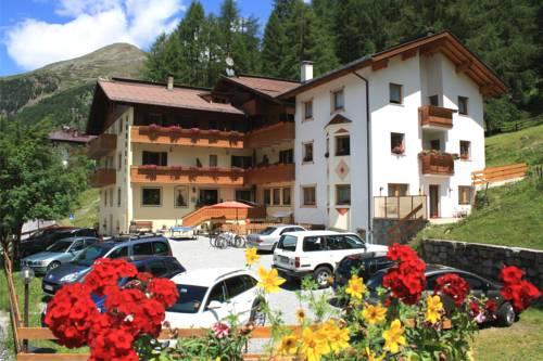 Hotel Cornelia