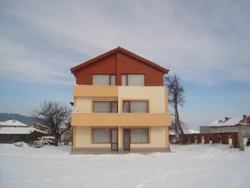Villa Shiroki Dol