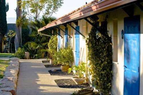 Ein Harod Ichud Kibbutz Country Lodging