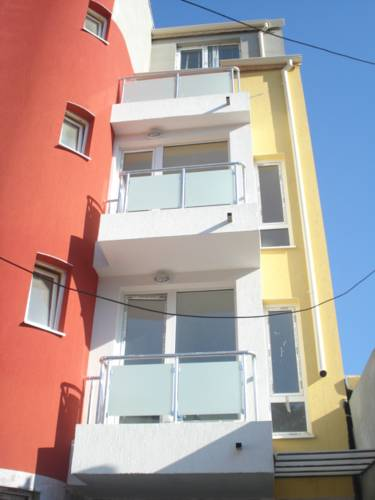 Avior City Apartments