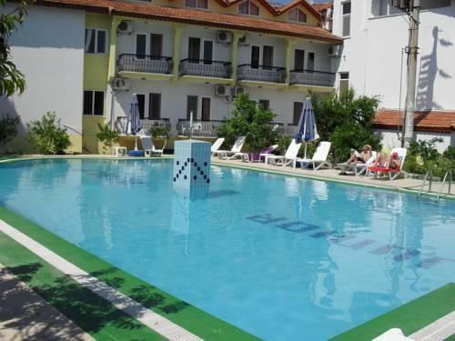 Hotel Junior Ozalp