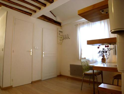 Wonderful Bright Studio - Ile Saint Louis