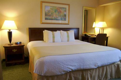 Holiday Inn Waterloo - Seneca Falls