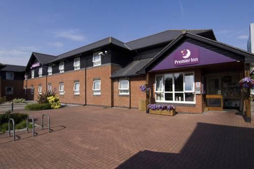 Premier Inn Swansea North