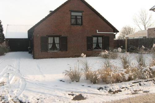 Holiday Home Eden Ten Briel Hillegem