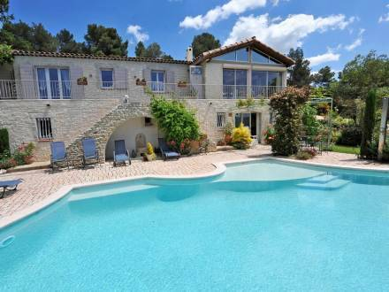 Holiday Home Domaine Cigalor Puget sur Durance