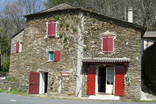Holiday Home La Chataigne Saint Germain De Calberte
