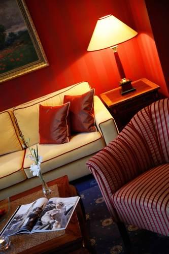 Golden Tulip Savoy Hotel Prague
