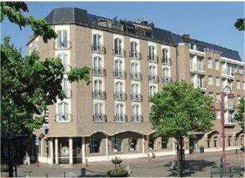 Aazaert Hotel