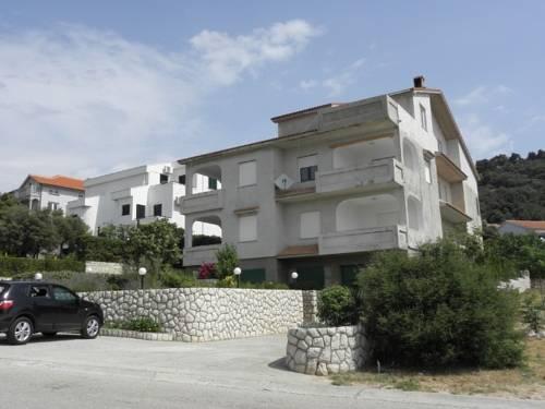 Apartments Đoković