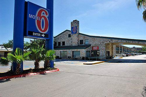 Motel 6 San Antonio Downtown - Market Square