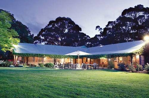Hummingbird Eco Retreat & Conference Centre