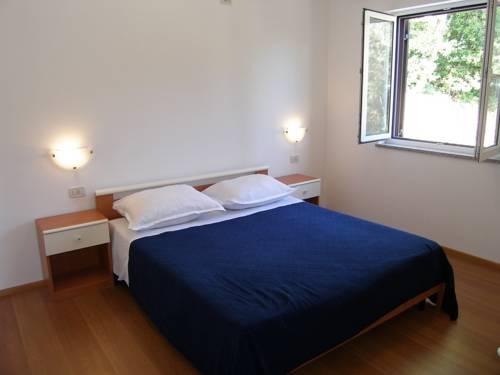 Apartments Medveja