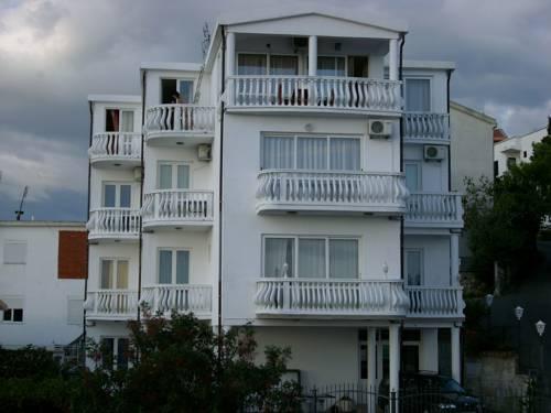 Apartments Adriatik