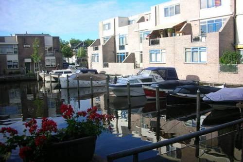 Apartment Alphen Alphen A/D Rijn