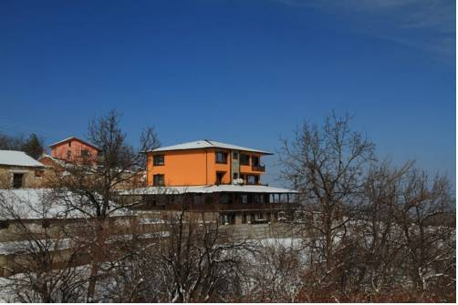 Lyaskovo Guest House