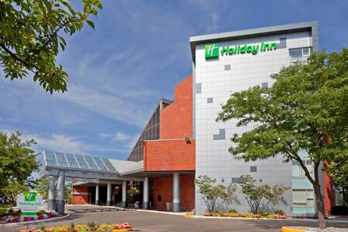 Holiday Inn Oakville Centre