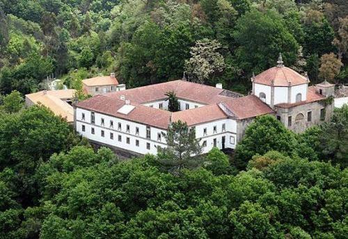 Mosteiro De S. Cristovao De Lafoes