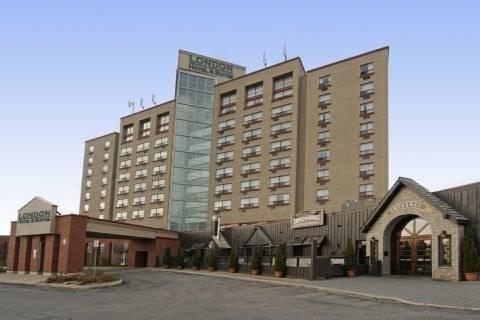 London Hotel & Suites