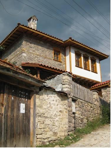 Lulukov House