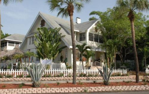 Beach Drive Inn Bed & Breakfast