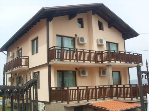 Asya Guest House
