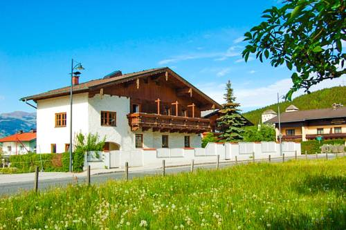 Villa Kaprun by All in One Apartments