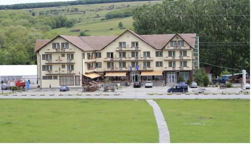 Hotel-Restaurant Dumbrava