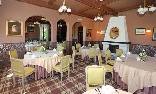Hotel Pałac w Myślęcinku