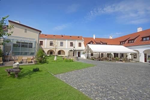 Hotel Historia & Historante