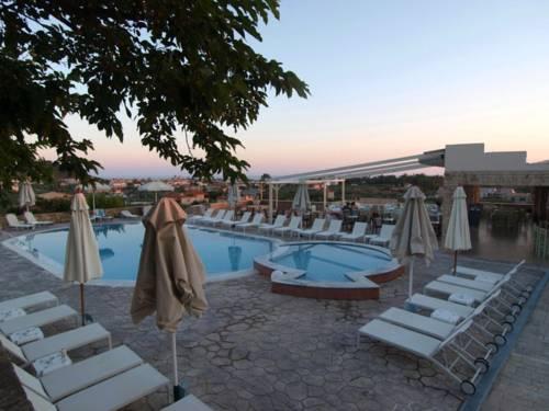 Kolokotronis Hotel
