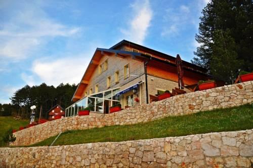 Hotel Snjezna Kuca