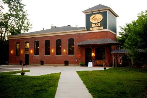 Common Man Inn & Restaurant Claremont