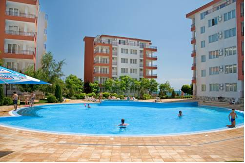 PMG Apartments in Riviera Fort Beach