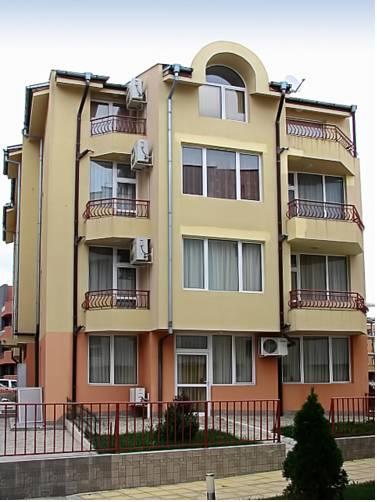 PMG Apartments in Panorama Krim Beach Complex