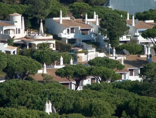 Vale Do Garrao Villas