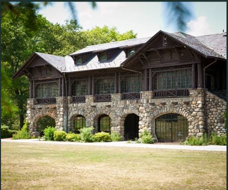 Overlook Lodge at Bear Mountain